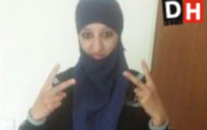 Ultimele cuvinte ale primei teroriste kamikaze din Europa, Hasna Aitboulahcen. S-a aruncat in aer in blocul din Saint-Denis