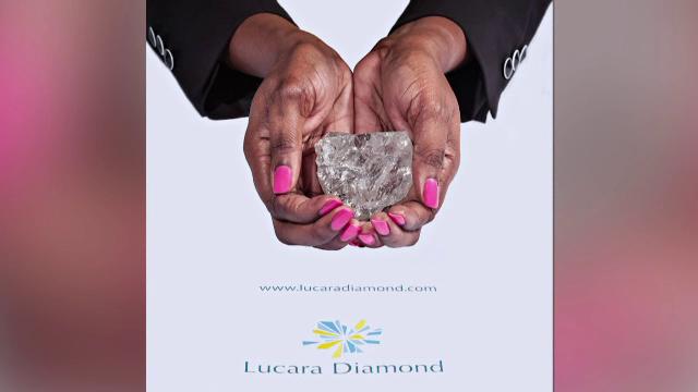 Cel mai valoros diamant descoperit in ultimul secol a fost gasit intr-o mina din Botswana. Cum arata piatra de 111 carate