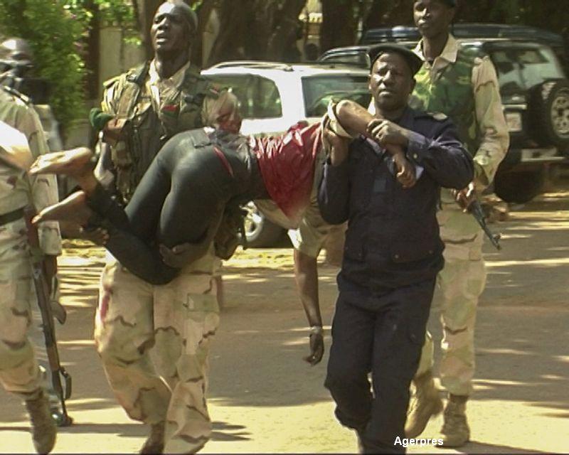 Stare de urgenta si doliu national in Mali, dupa atacul terorist de vineri. Trei jihadisti sunt cautati intens de autoritati