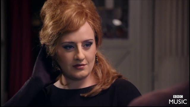 Adele, in lacrimi in timpul unui concert din Belgia. Mesajul transmis cu privire la atacul din clubul din Orlando