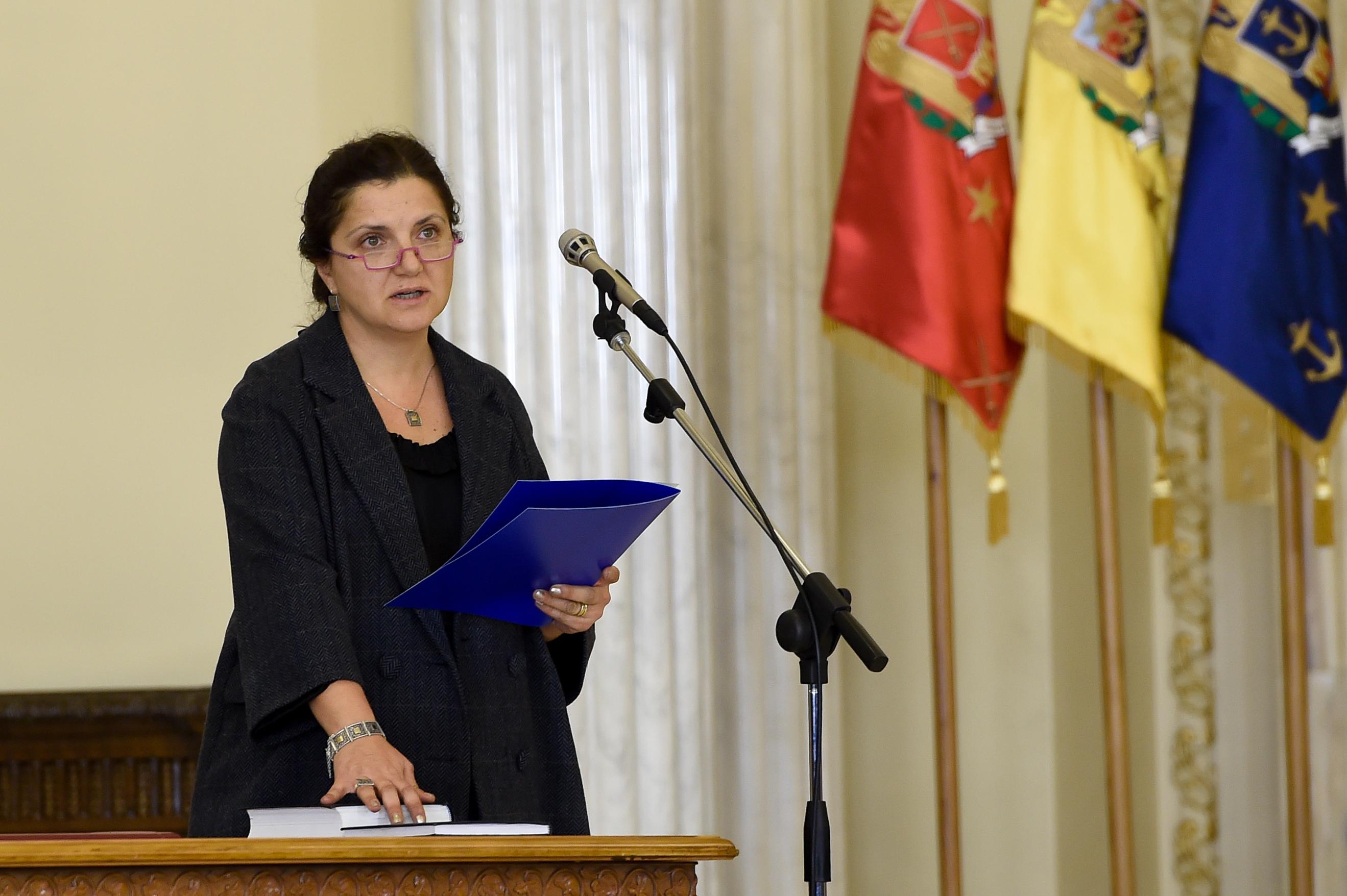 Cui i-a cerut demisia ministrul Justitiei, Raluca Pruna.