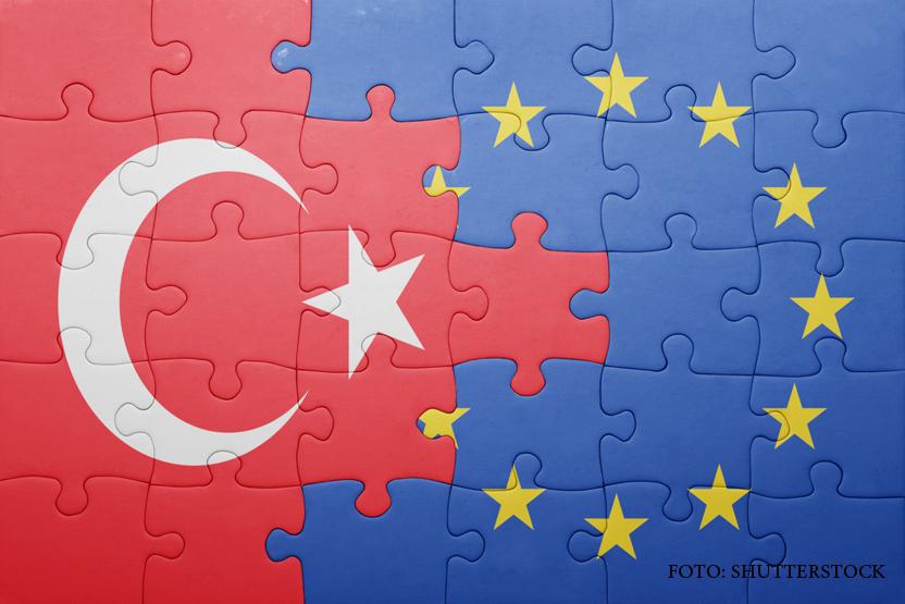 Relatia cu Rusia, discutata la summit-ul UE-Turcia. Ajutor de 3 miliarde de euro si plan de actiune comun pentru refugiati