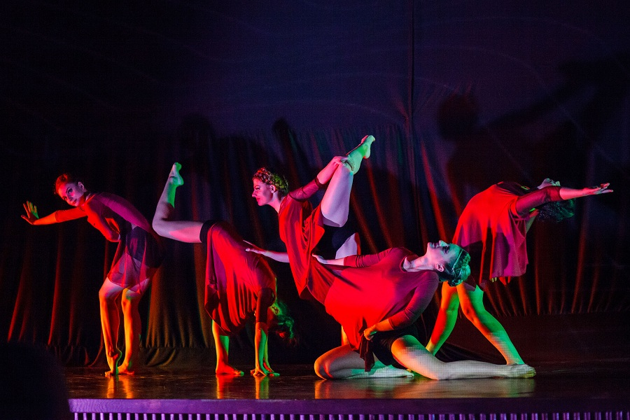 """Patru zile de magie prin dans la cea de-a 3-a editie a Festivalului International de Dans Contemporan """"STEPS"""""""