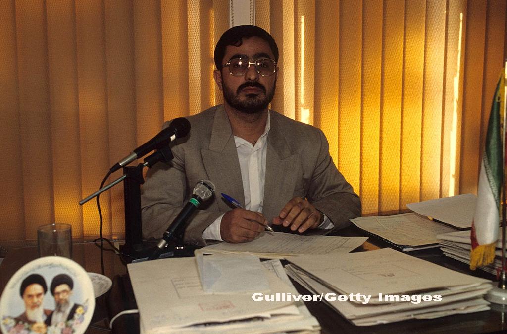 Fostul procuror al Teheranului a fost condamnat la 135 de lovituri de bici pentru fapte de coruptie