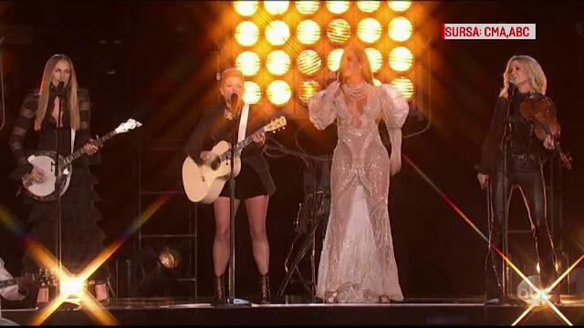Beyonce a aratat ca poate canta orice si a facut duet cu Dixie Chicks, la Premiile Muzicii Country