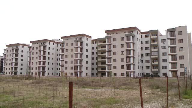 Semnele care arata ca piata imobiliara din Romania si-a revenit. Cate locuinte s-au cumparat in 2016, comparativ cu 2015