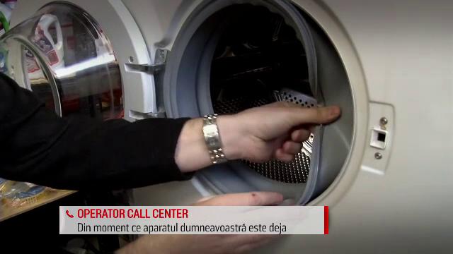 O femeie a cumparat o masina de spalat defecta si a chemat de trei ori instalatori sa o repare. A urmat un adevarat cosmar