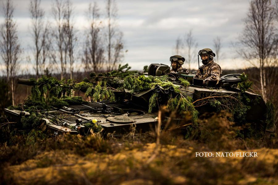 300.000 de militari NATO, in alerta de grad ridicat din cauza Rusiei.