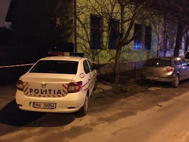 Colet suspect in Piata Constitutiei din Capitala, semnalat la 112. Politistii si pirotehnistii fac verificari