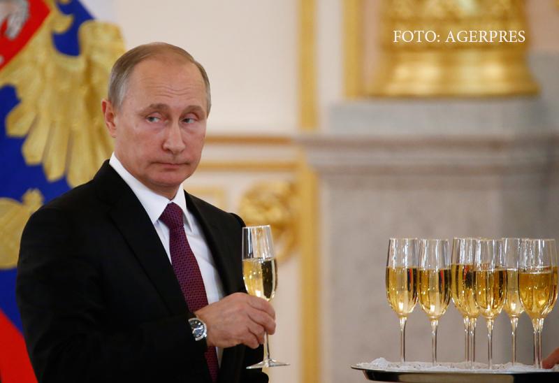 Reactii in Rusia dupa victoria lui Donald Trump. Duma de stat a aplaudat, dar Putin nu se va intalni prea curand cu magnatul