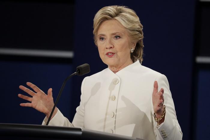 Hillary Clinton: Europa trebuie să reducă imigrația pentru a-i opri pe populiști