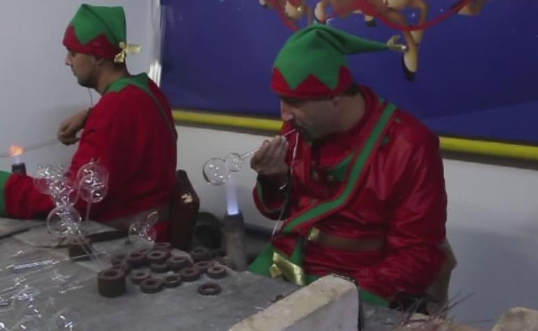 Excursie plina de magie pentru copii, la Fabrica de globuri a lui Mos Craciun, din Arges.