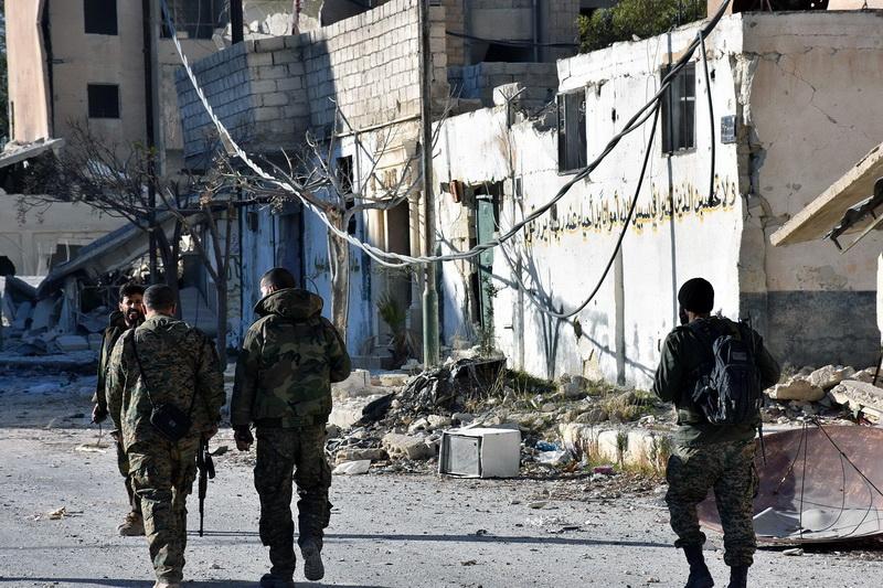 Armata siriana anunta ca a cucerit al doilea cartier din estul Alepului: 10.000 de refugiati au fugit in ultimele ore