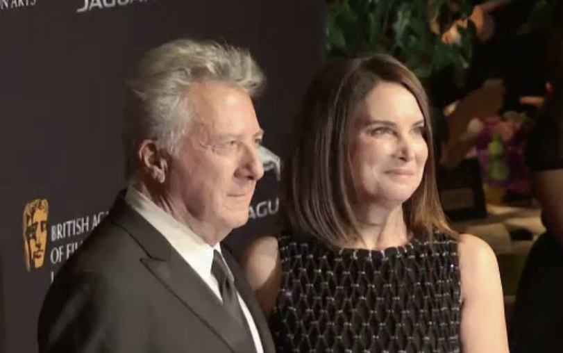 Actorul Dustin Hoffman intră pe lista vedetelor acuzate de agresiuni sexuale