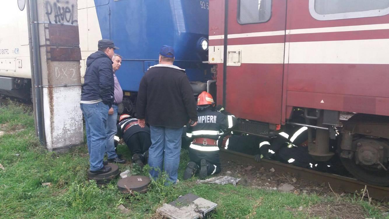 Bărbat lovit de tren în Gara Basarab din Capitală. GALERIE FOTO