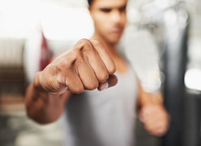 Un practicant de kickboxing din Suceava, condamnat la 5 ani de închisoare după ce a ucis un om dintr-un pumn