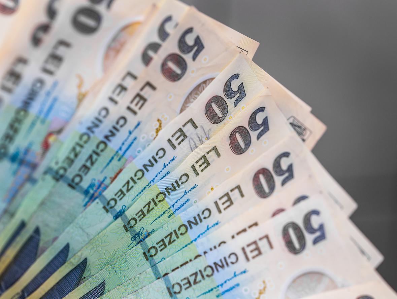 Nicuşor Dan: În continuare vor fi preluate cereri pentru plata stimulentelor financiare pentru nou-născuţi