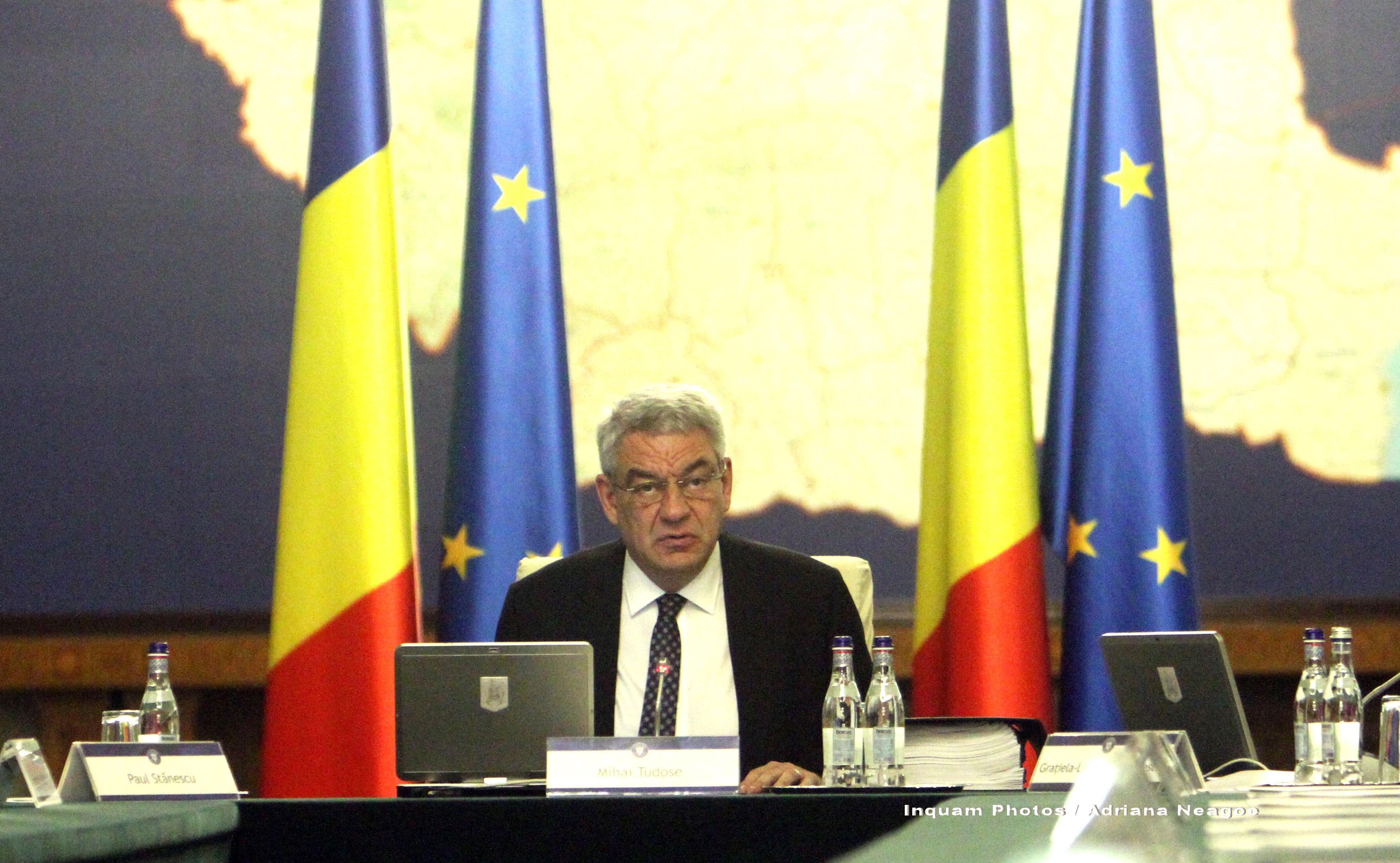 Mihai Tudose și Liviu Pop, afirmații contradictorii pe tema manualelor școlare