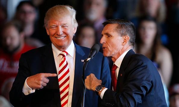 Donald Trump l-a graţiat pe Michael Flynn, fostul său consilier în probleme de securitate naţională
