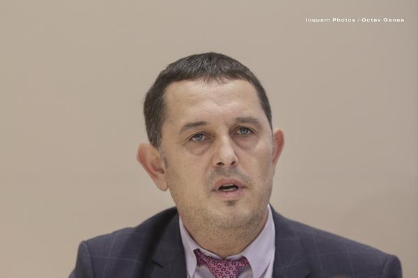 Un consilier al premierului Mihai Tudose îi cere demisia lui Dragnea