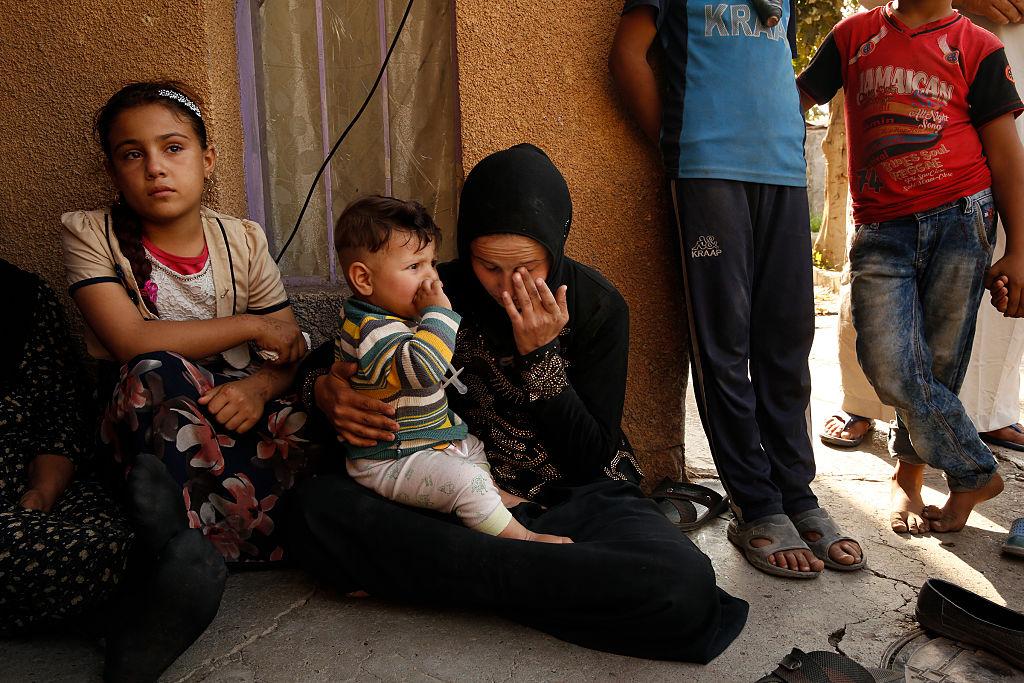 Părinții irakieni ar putea dobândi dreptul să-și căsătorească fetițele, la vârsta de nouă ani
