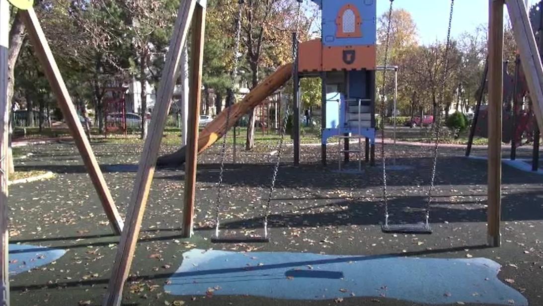 Toate locurile de joacă din Galați, închise de OPC. Măsuri similare, luate și în alte orașe