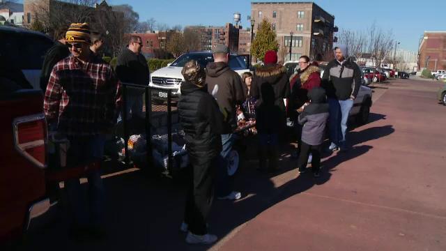 80 de americani au primit cate un curcan de Ziua Recunoștinței, în urma unei farse