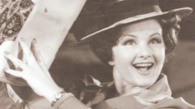 Trupul neînsufleţit al actriței Stela Popescu, depus la Teatrul Constantin Tănase