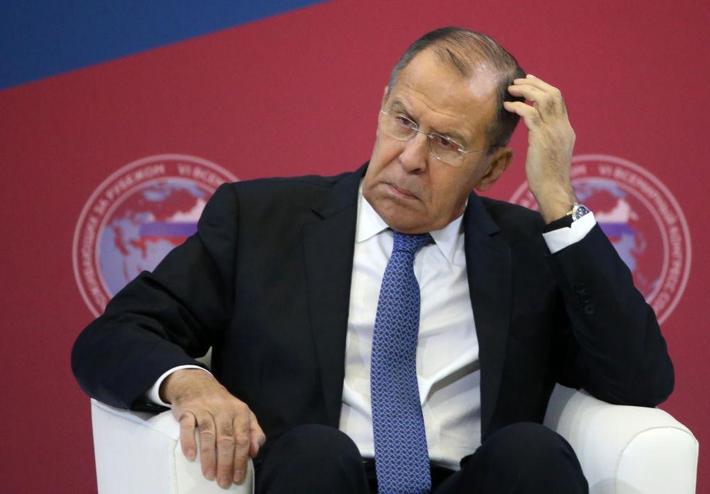 Rusia expulzează cinci diplomaţi polonezi şi acuză Varşovia că a îngheţat contactele cu Moscova