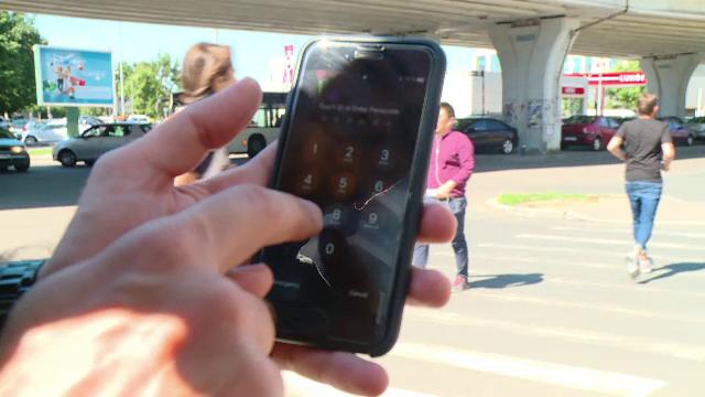 Pedeapsa primită de o femeie care și-a spionat soțul, umblându-i în telefon. Ce a descoperit