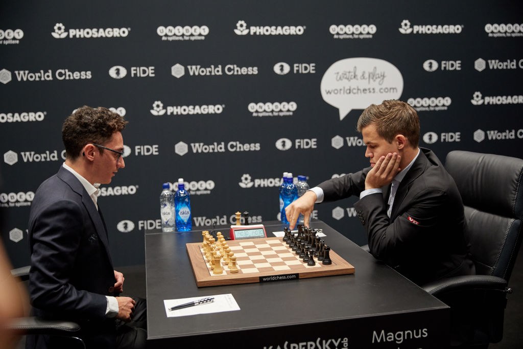 Campionatul Mondial de șah: Magnus Carlsen și Fabiano Caruana, 9 egaluri consecutive