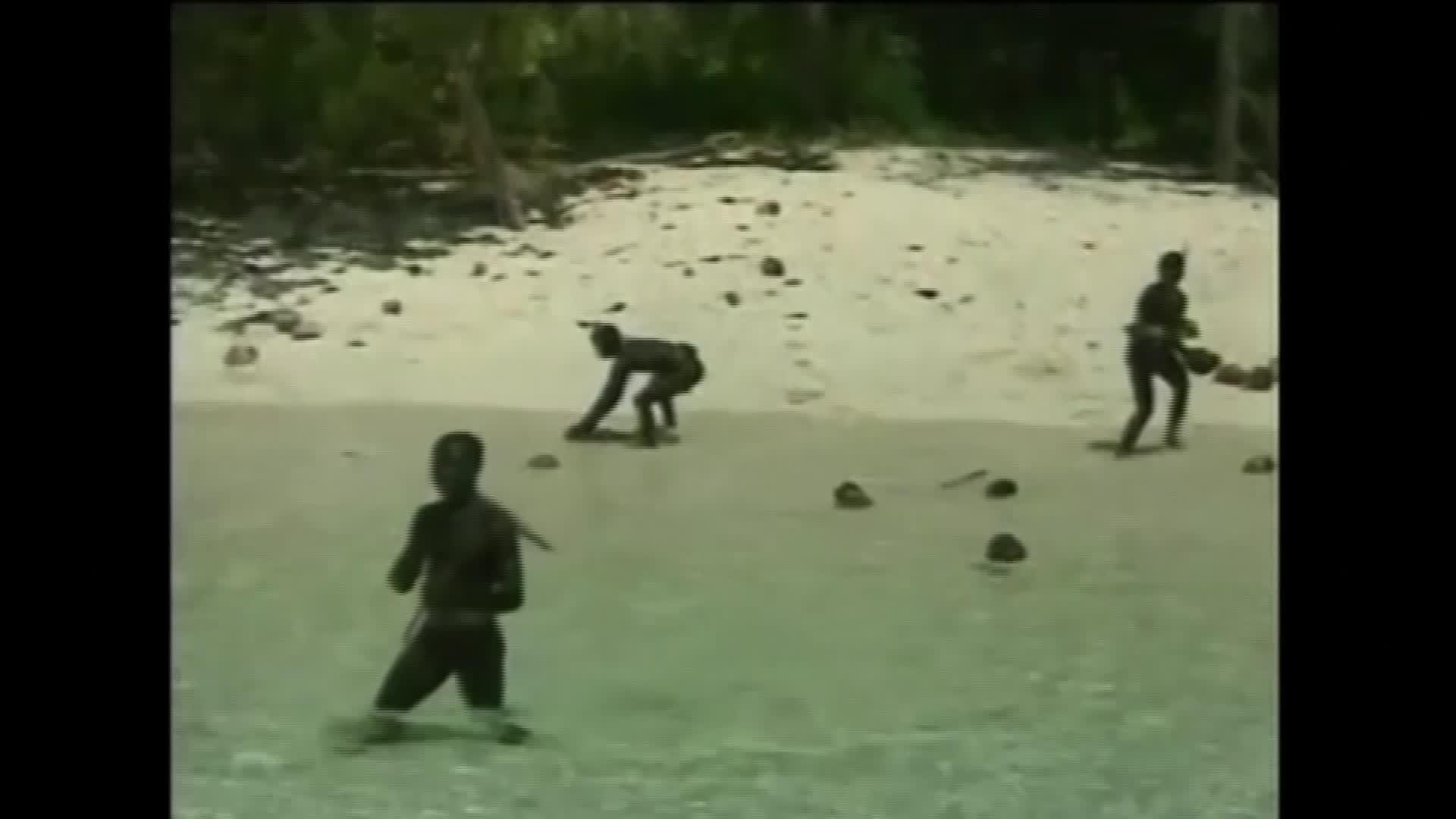 De ce nu va încerca nimeni să recupereze trupul americanului ucis de un trib izolat