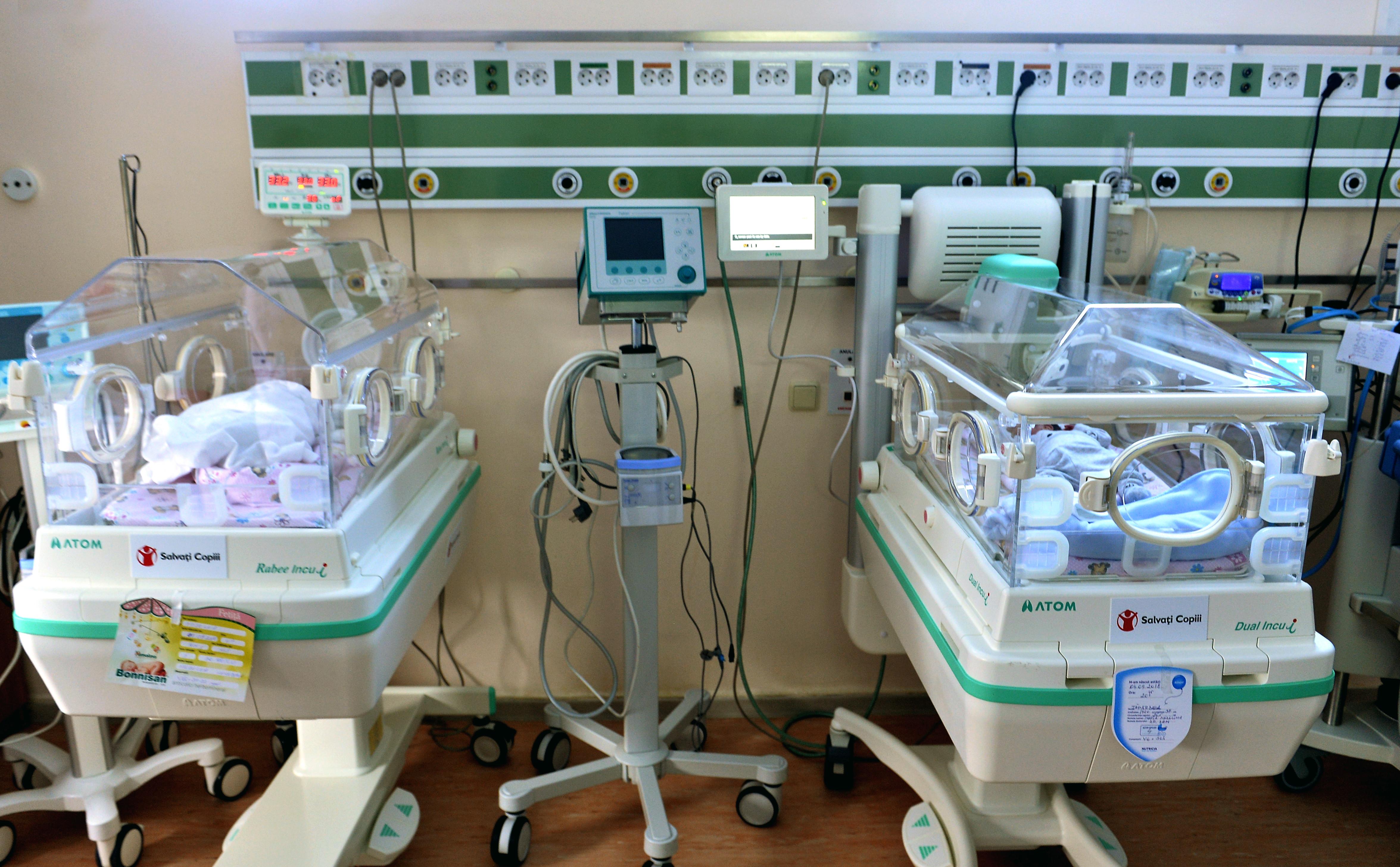 Cazul bebelușilor născuți la Maternitatea Giulești, depistați cu stafilococ auriu. 11 angajați, purtători ai infecţiei