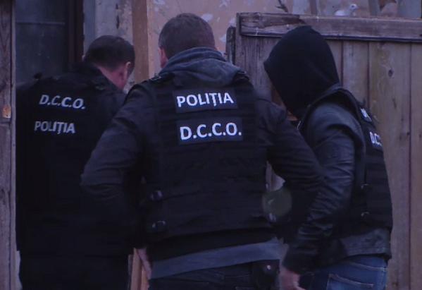 """Acțiune masivă a poliției din România și Italia. Minore exploatate sexual, anchetă """"România, te iubesc"""""""