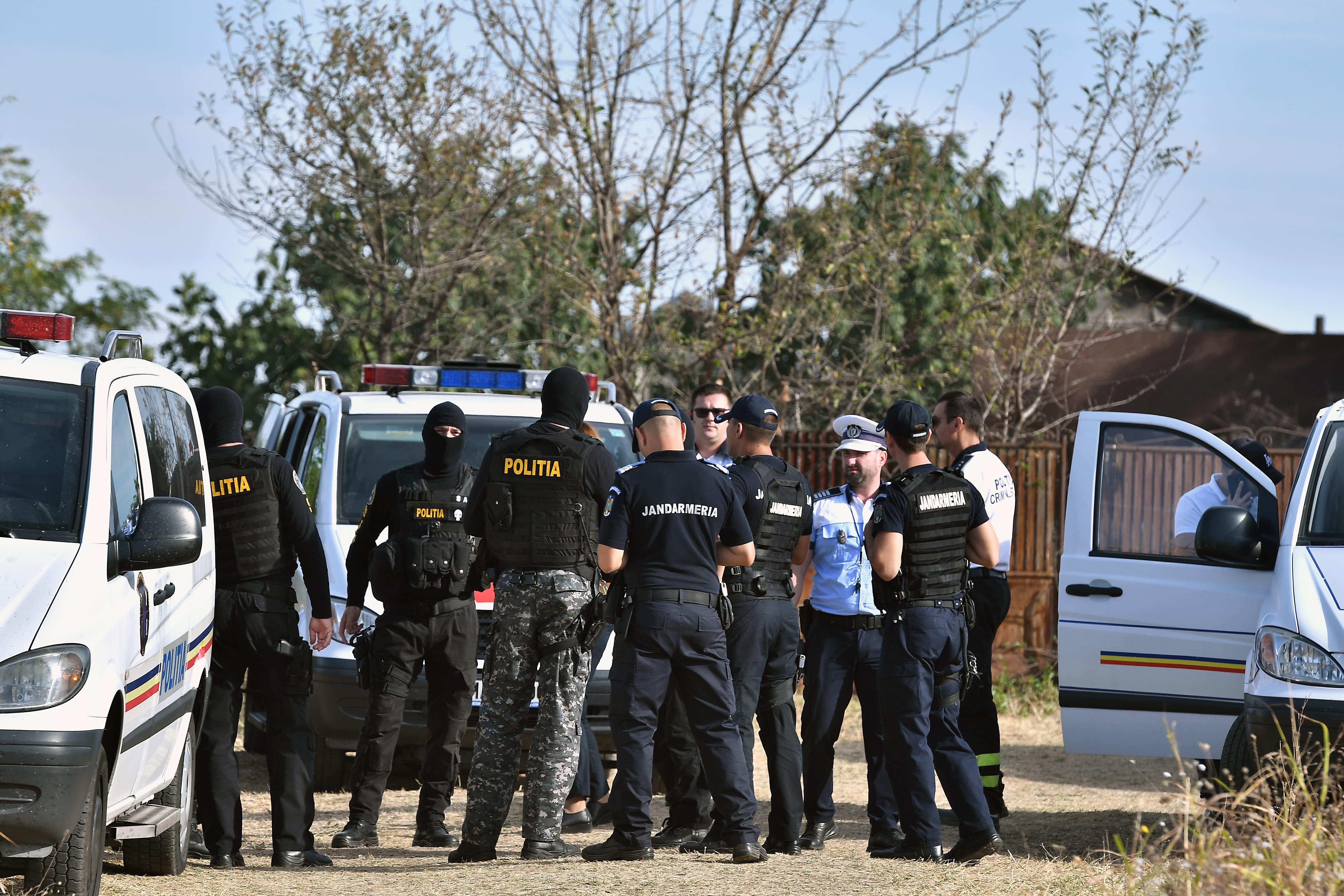Tragedie în Dolj. O femeie a fost găsită moartă, în timp ce soțul ei era spânzurat în pod