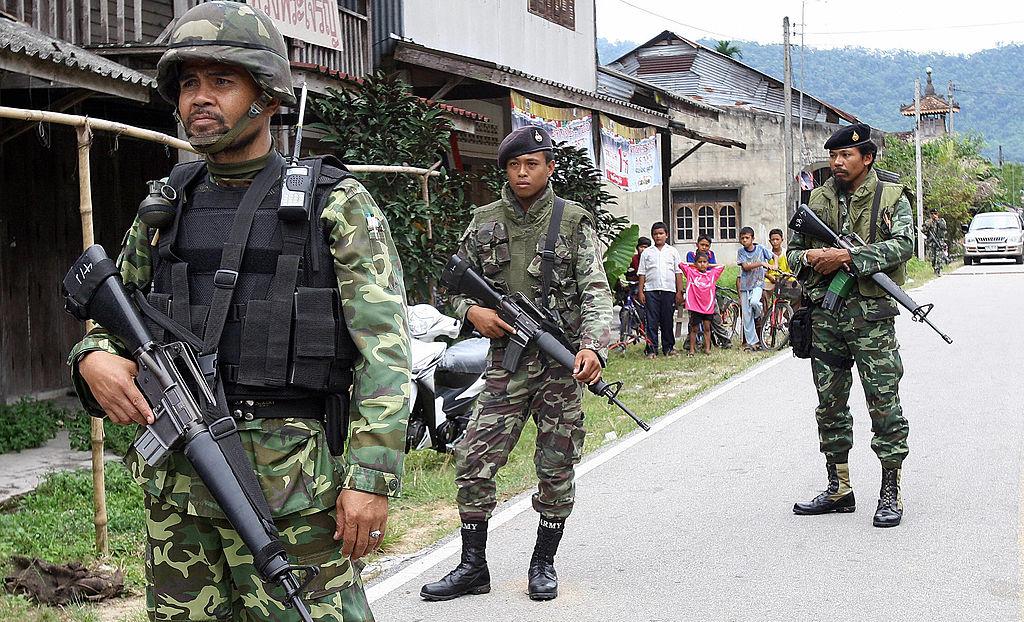 Atac sângeros al separatiștilor musulmani în Thailanda. Cel puțin 15 persoane au murit
