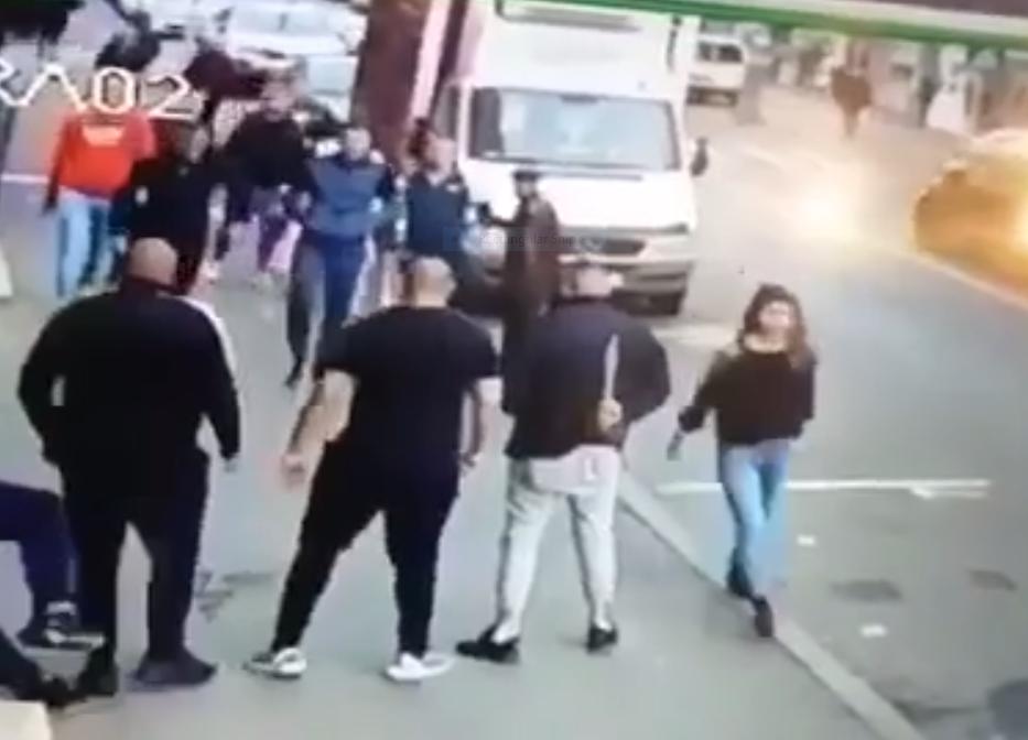 Bătaie cu macete între două clanuri rivale de interlopi din Cluj. VIDEO