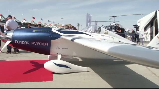 Cele mai noi inovații în materie de avioane, prezentate la Salonul Aviatic de la Dubai