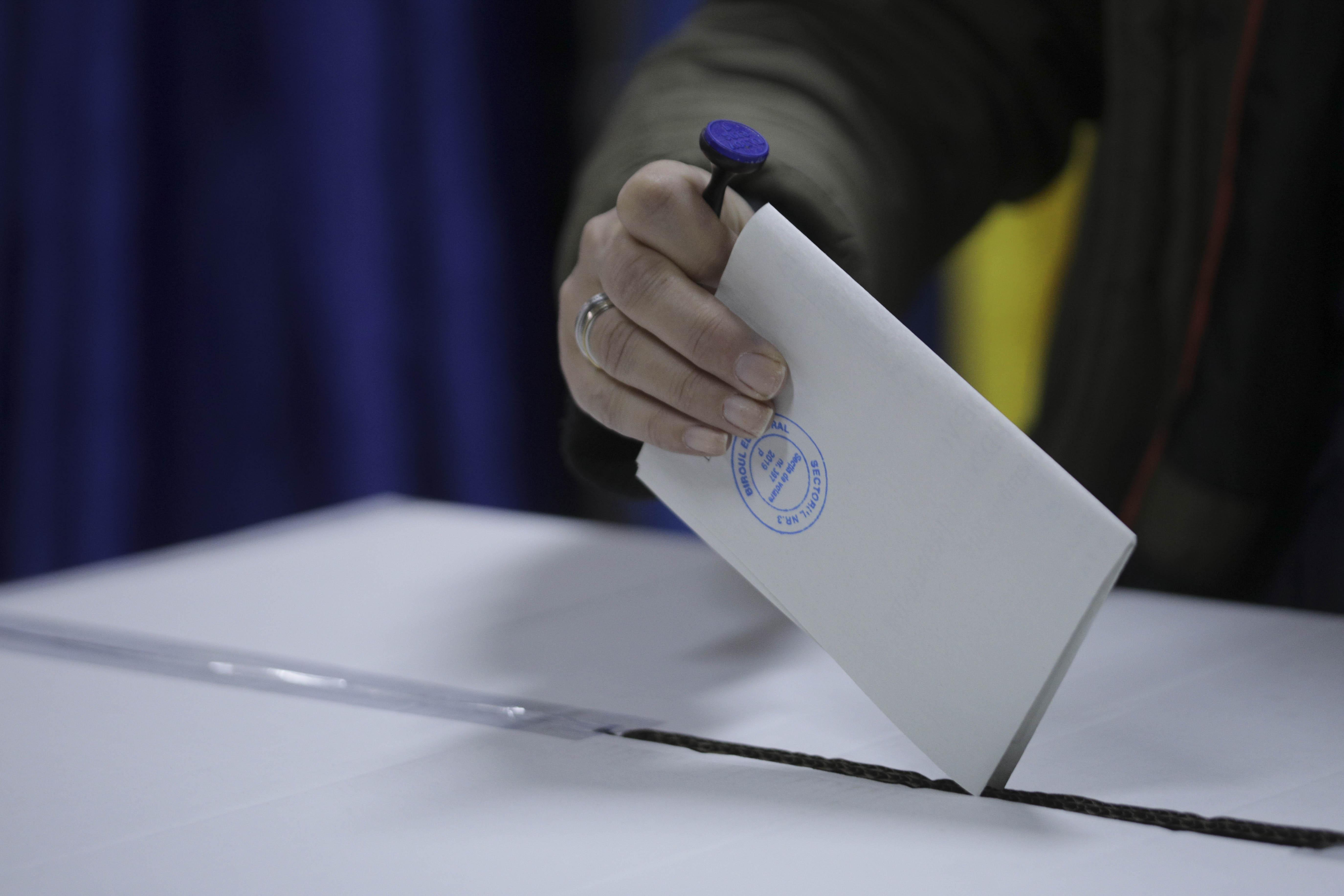 Alegeri Prezidențiale 2019. Turul 2 s-a încheiat și la ultimele secții din diaspora