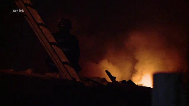 Caz dramatic: o femeie de 80 de ani din Neamţ a încercat să-și salveze soțul din casa în flăcări