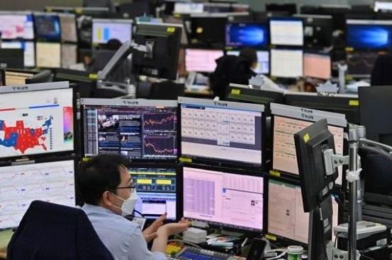 """""""Nervozitate"""" pe burse, după alegerile din SUA. Rezultatul incert creează nesiguranță"""