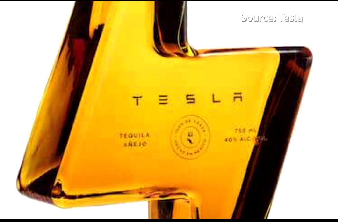 Elon Musk a scos pe piață Tesla Tequila și a vândut rapid toată producția. Cât costă o sticlă