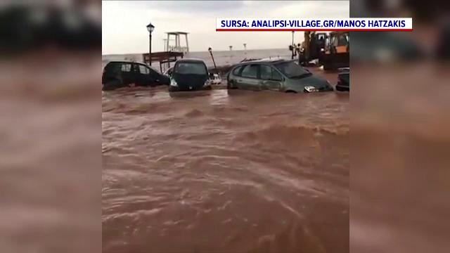 Inundații de proporții în Insula Creta, după zile întregi cu ploi torențiale. Mașinile, luate de viituri și duse în mare