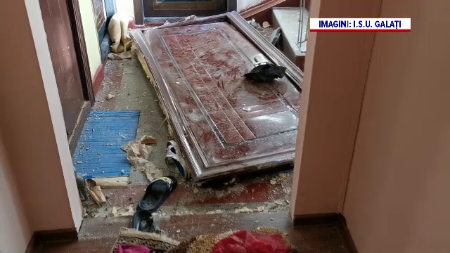 """Explozie într-un bloc din Galați, după ce un """"meseriaș"""" a tăiat țeava de gaze crezând că e cea de apă"""