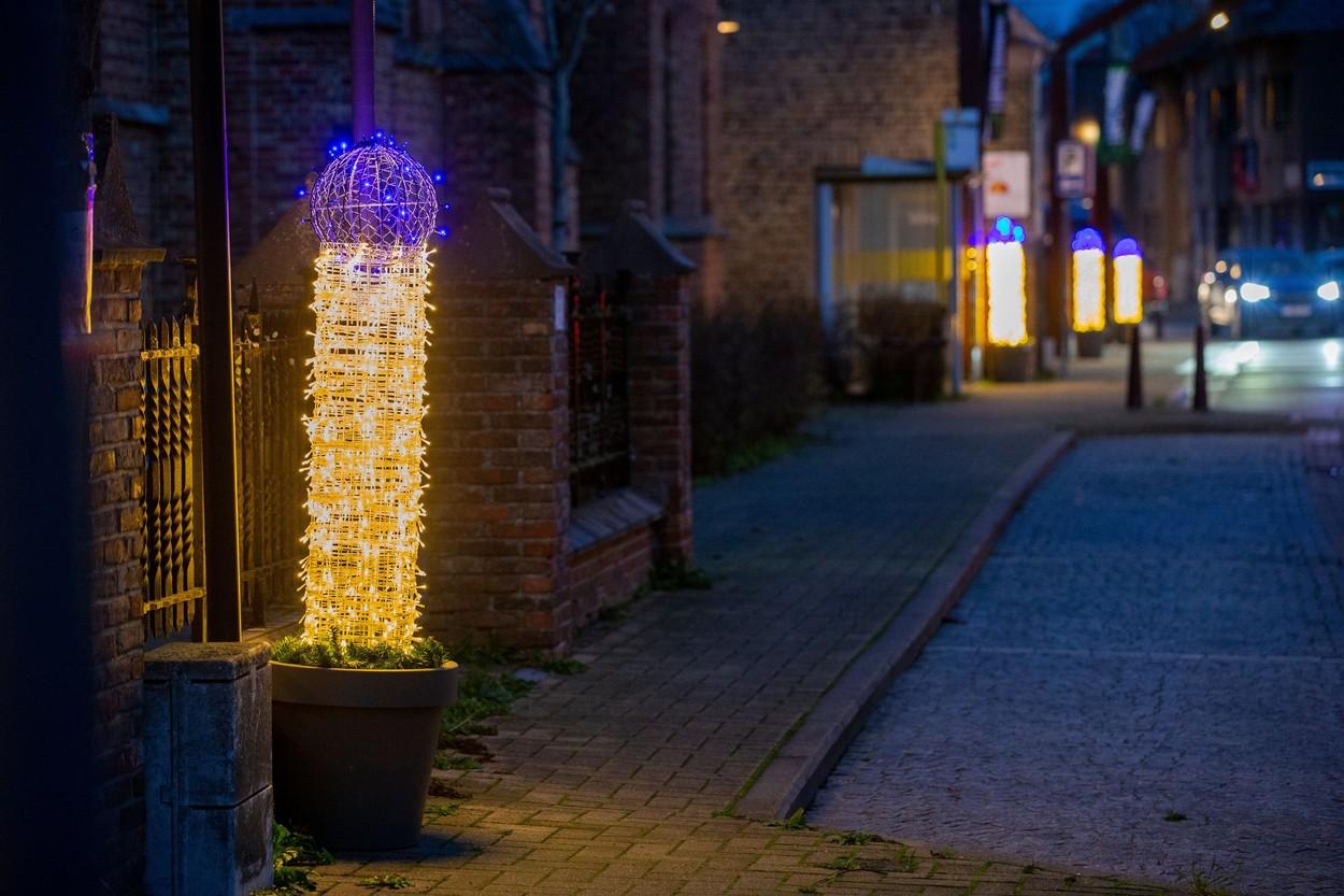 Luminiţe de Crăciun controversate, într-un oraş din Belgia.