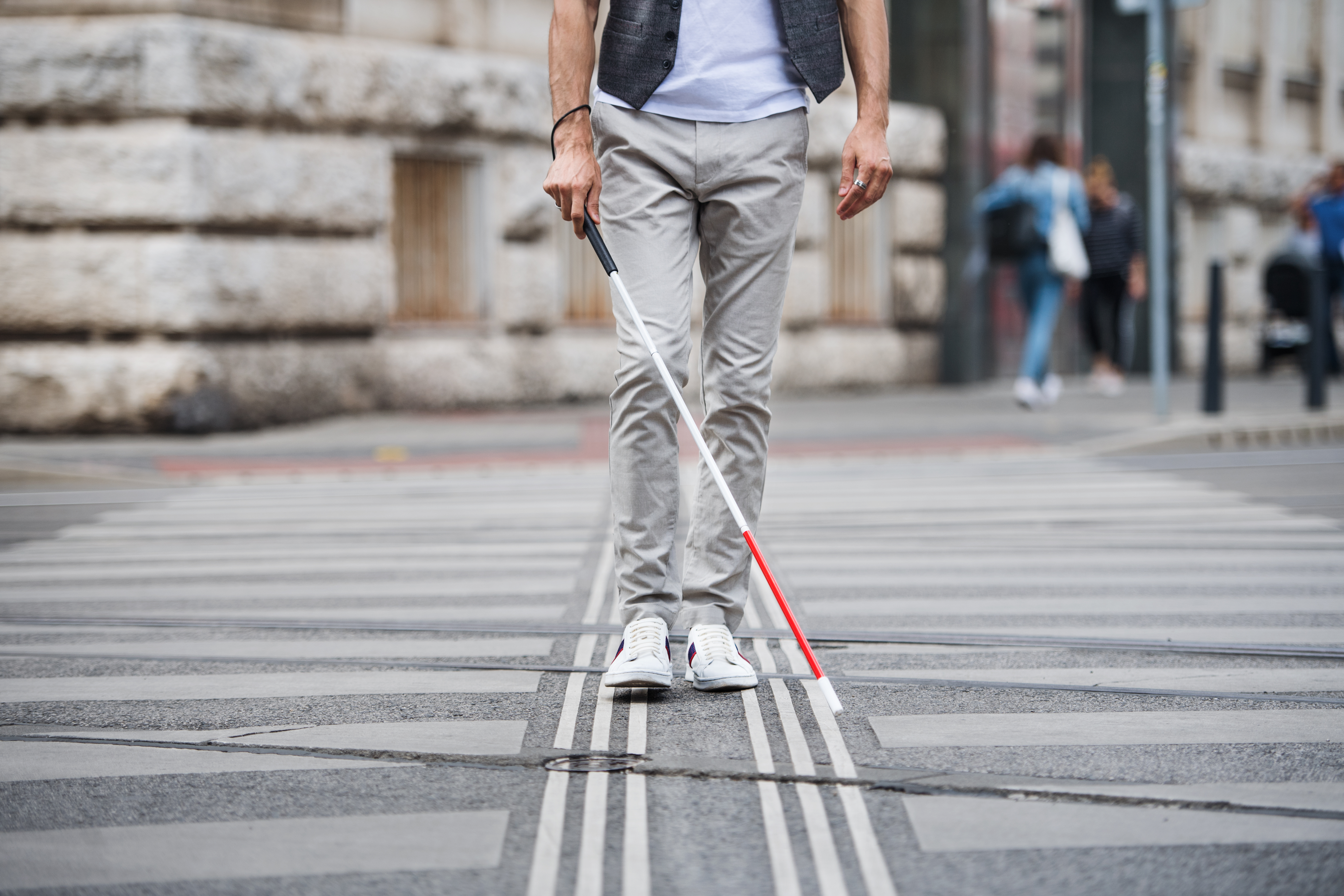 Un nevăzător a alergat cinci kilometri cu ajutorul unei aplicații dezvoltată alături de Google