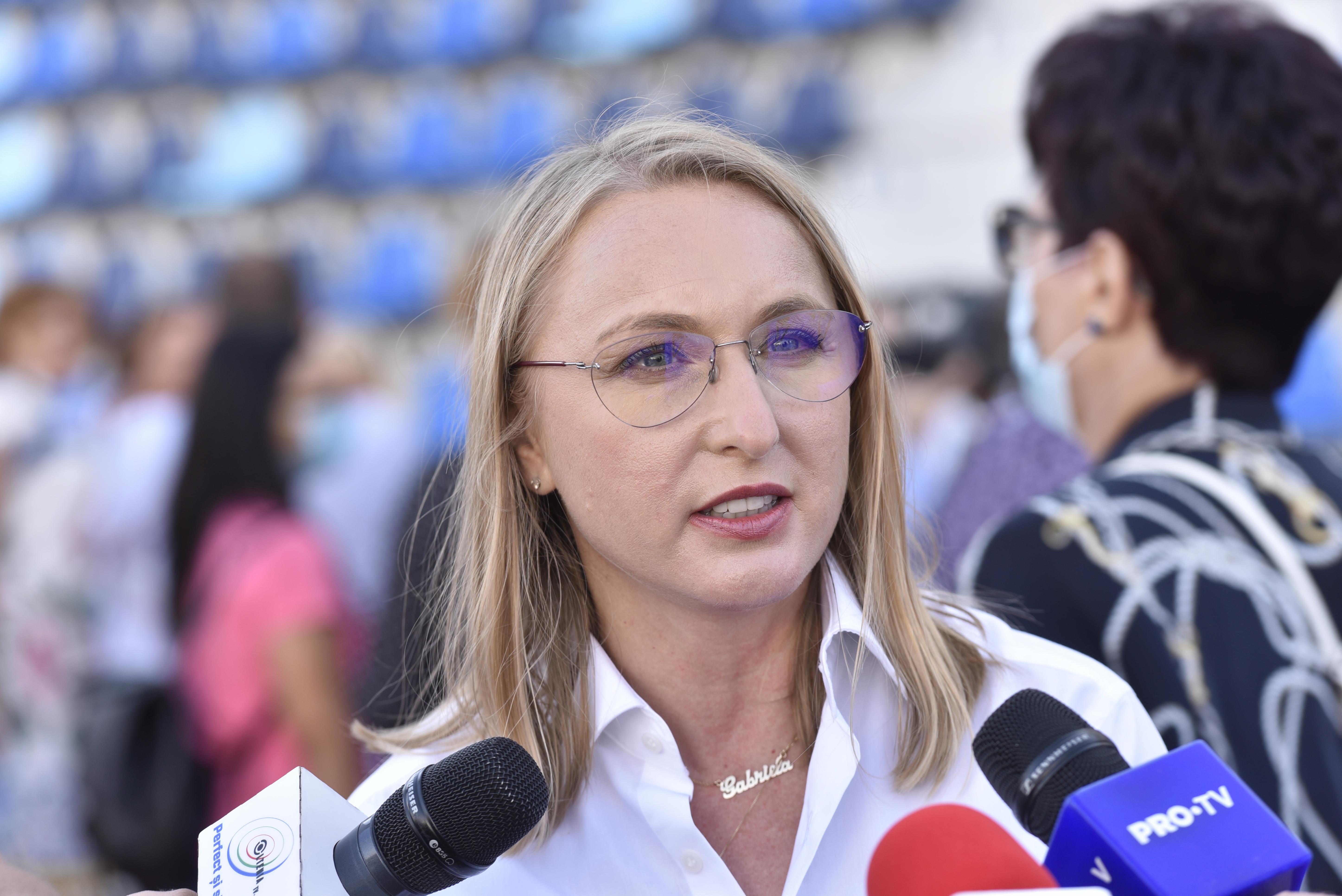 """Gabriela Szabo, după ce Cristina Neagu s-a plâns că handbalistele de la CSM Bucureşti nu şi-au primit banii: """"E ciudat"""""""