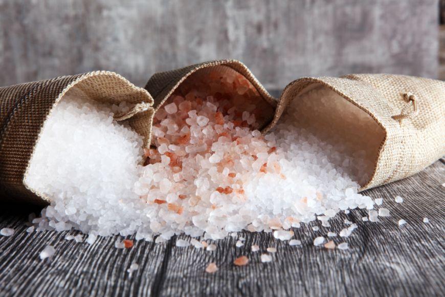 Studiu: Consumul excesiv de sare ar putea afecta celulele sistemului imunitar