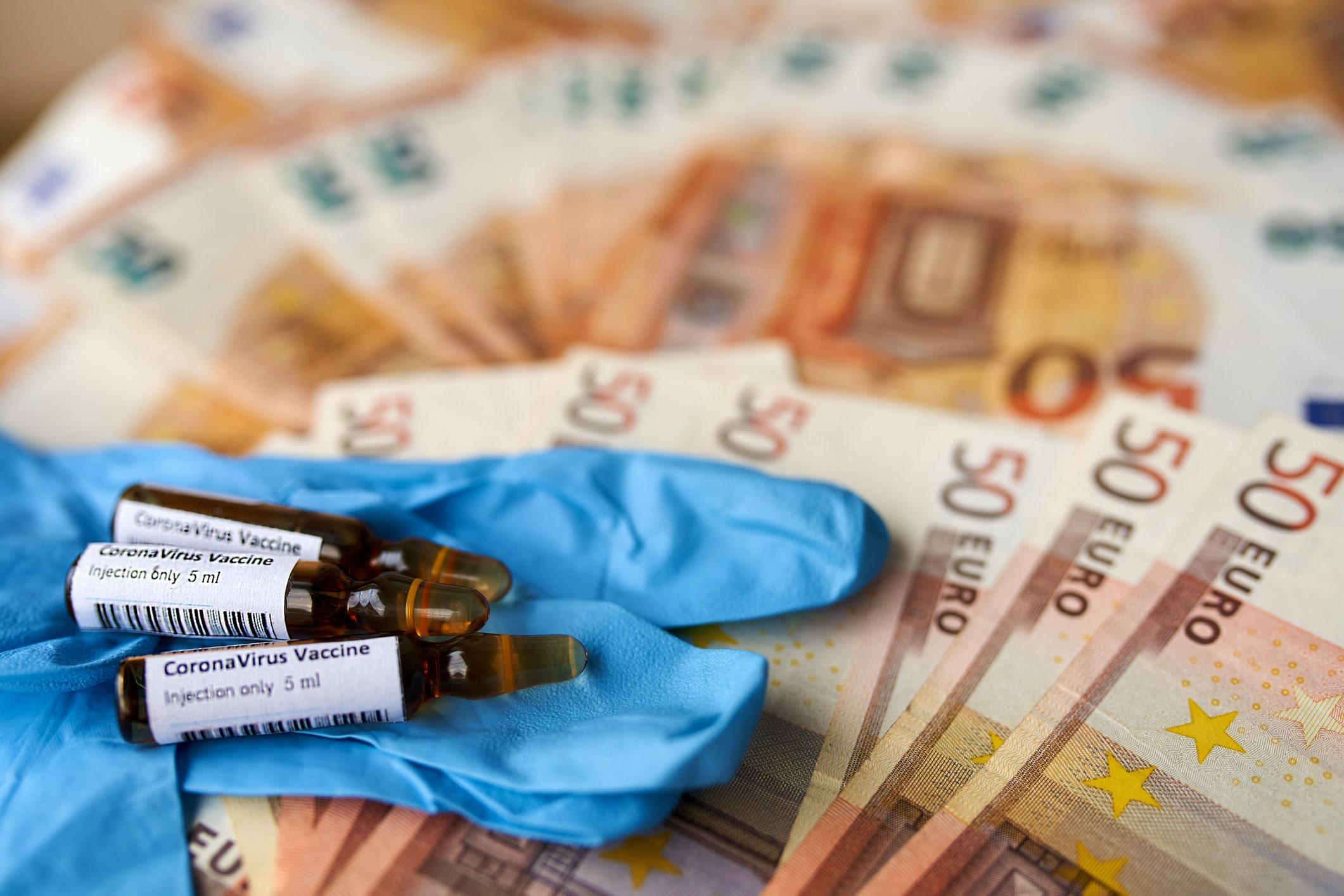 EMA: Un vaccin anti-COVID ar putea fi autorizat în Uniunea Europeană până la sfârșitul anului