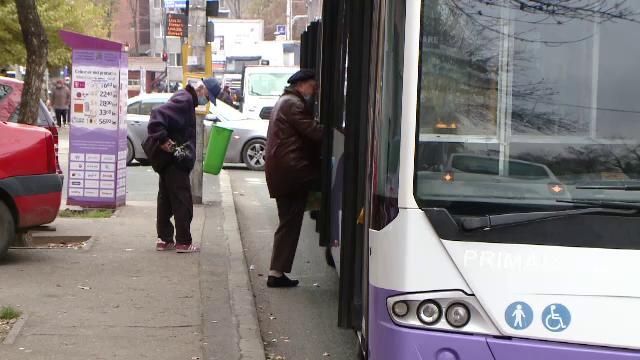 Transportul în comun, una din principalele cauze ale infectării cu Covid-19. Ce soluții s-au găsit la Timișoara